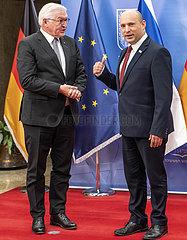 Steinmeier + Bennett