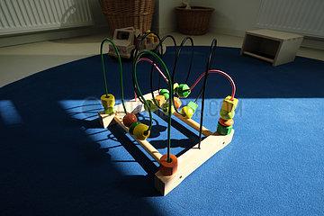 Deutschland  Bremen - Spielzeug in einer neu eroeffneten Kindertagesstaette