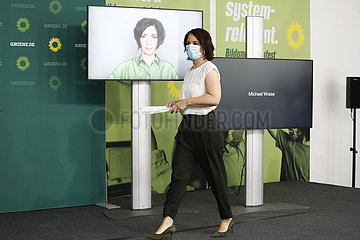 Annalena Baerbock - digitale Pressekonferenz der Gruenen zur Vorstellung eines Impulspapieres fuer eine nationale Bildungsoffensive