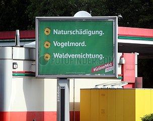 Anti-Gruenen-Plakate