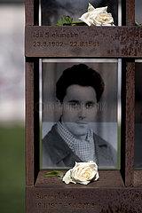 Berlin Wall - Commemoration