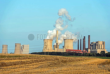 Kohlekraftwerk Neurath Abendstimmung