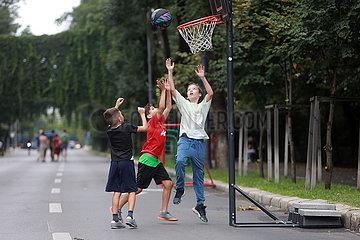 Rumänien-Bukarest-Wochenende-Offene Straßen Rumänien-Bukarest-Wochenend-Offene Straße Rumänien-Bukarest-Wochenende-Offene Straße Rumänien-Bukarest-Wochenend-Offene Straßen