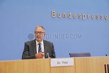Bundespressekonferenz zum Thema: Wahlbewerber zur Bundestagswahl 2021 - Durchfuehrung der Wahl in den von der Unwetterkatastrophe betroffenen Gebieten