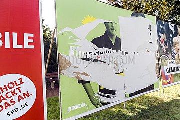 beschädigtes Wahlplakat der Grünen