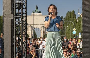 Annalena Baerbock  Kanzlerkandidatin Die Gruenen  Wahlkundgebung  Muenchen  9. September 2021