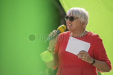 Claudia Roth  Die Gruenen  Wahlkampf Rosenheim  September 2021