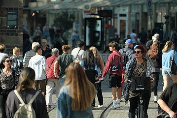 Deutschland  Bremen - Menschen in der City