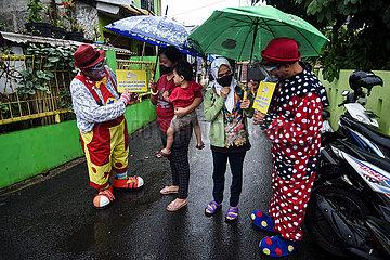 Indonesien-Tangerang-Covid-19-Impf-Clown