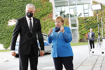 Bundeskanzleramt - Treffen Merkel Nauseda