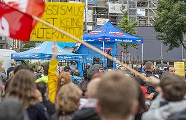 Gegendemonstration bei AfD Wahlkundgebung  Rede Beatrix von Storch  Muenchen  16. September 2021