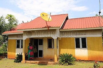 Uganda-Wakiso-China-Dorf-Fernsehprojekt