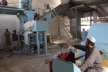 Afghanistan-Kunduz-Cotton-Prozess-Fabrik