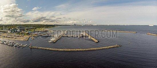 Jachthafen (Jahisadam) von Pirita  Luftaufnahme  Tallinn  Estland