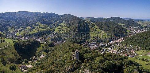 Burgruine Waldenburg  Luftaufnahme  Waldenburg  Basel-Landschaft  Schweiz