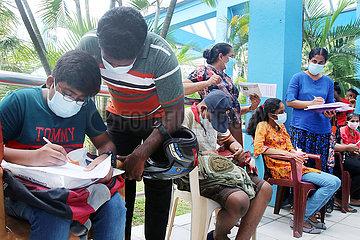 Sri Lanka-Colombo-Covid-19-Impfung-Kinder