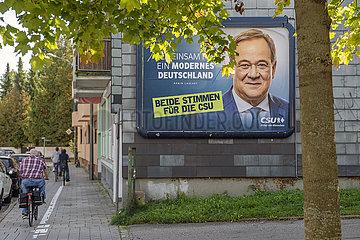 Armin Laschet  CDU  Kanzlerkandidat  Wahlplakat  Muenchen  3. Oktober 2021