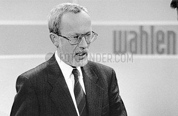 Lothar de Maizière  letzter DDR-Ministerpraesident  am Wahlabend der Bundestagswahl  Berlin  Dezember 1990