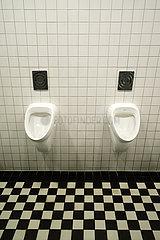 Deutschland  Bremen - oeffentliche Toilette  Pissoir
