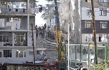 Georgia-Batumi-Gebäude-Kollaps