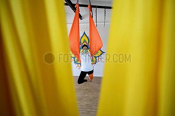 Indonesien-Süd-Tangerang-Luft-Yoga