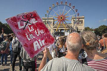 Klimastreik  Kundgebung  Muenchen  24. September 2021