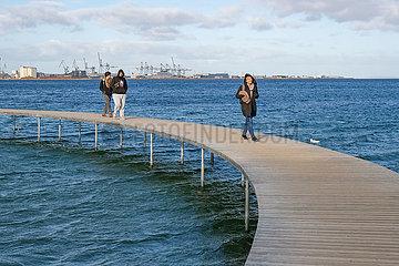Dänemark-Aarhus-die unendliche Brücke