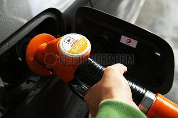 Frankreich-Paris-Diesel-Preis wandern