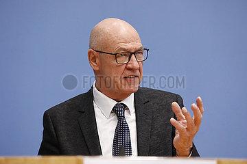 Bundespressekonferenz zum Thema: Gemeinschaftsdiagnose Herbst 2021 der Wirtschaftsforschungsinstitute