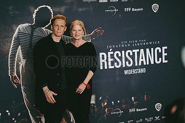 Filmpremiere von Resistance-Widerstand mit Matthias Schweighöfer am 15.10.21