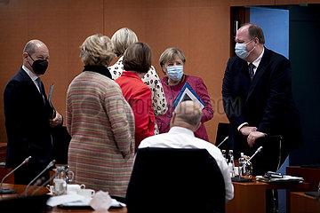 Scholz  Merkel  Braun  Kabinett