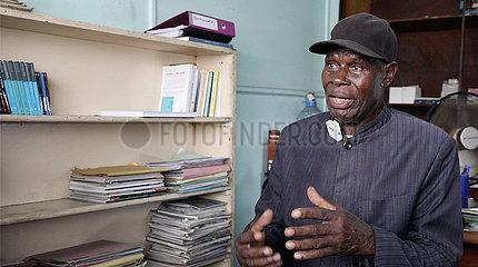 Die Republik des Congo-Brazzaville-Interview-Senior-Editors-Wiederherstellung von Chinas rechtmäßiger Sitz in der Vereinten Nationen
